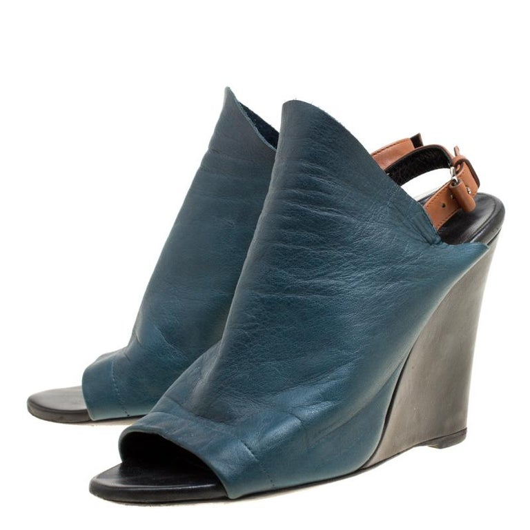 74346298574 Balenciaga Teal Leather Gloves Wedge Sandals Size 39 For Sale at 1stdibs