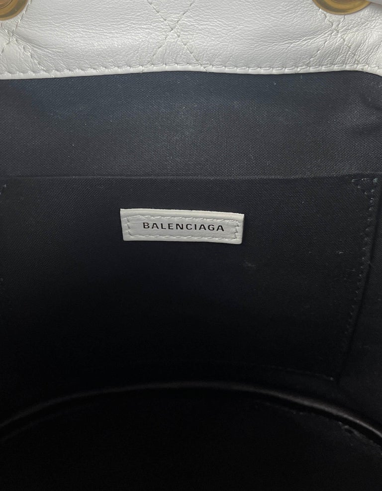 Balenciaga White Calfskin Leather B Dot Quilted Crossbody Bucket Bag For Sale 4