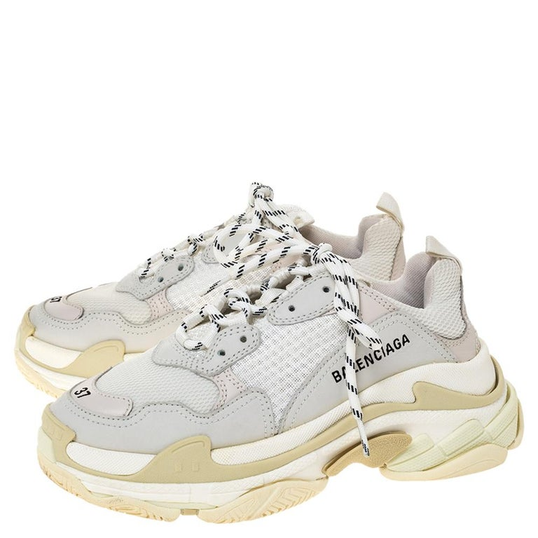 Balenciaga White Leather And Mesh Triple S Platform Sneakers Size 37 For Sale 1
