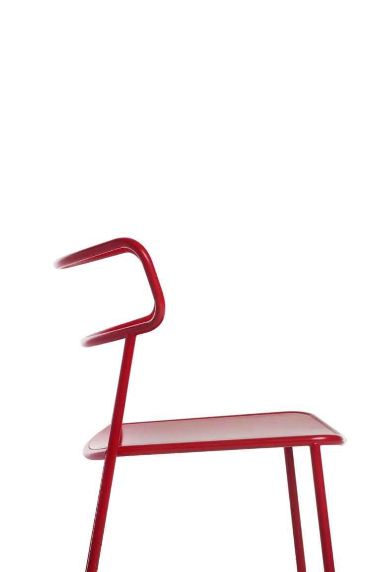 Chair in steel tubolar frame, with seat in molded sheet metal painted to match the structure with epoxy powders all semi-gloss suitable in RAL 9005 matte (n), RAL 9010 (w), RAL 3031 (ror), RAL 9018 (gc) for outdoor use, or for indoor use with only