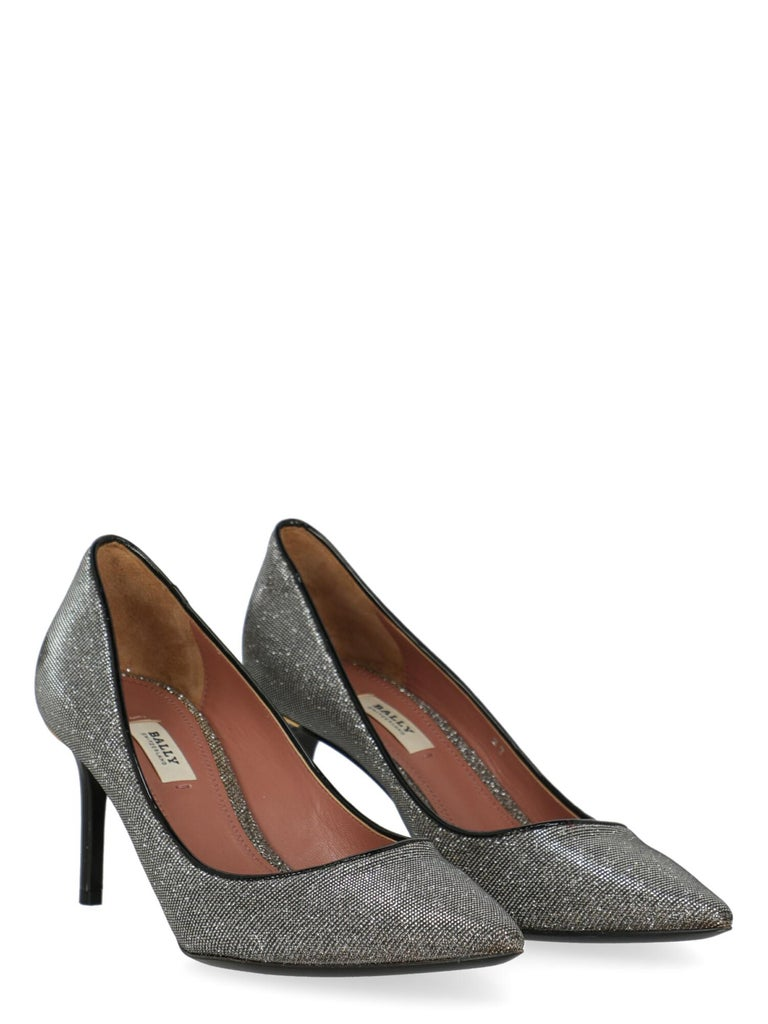 Product Description: Shoe, synthetic fibers, solid color, pointed toe, branded insole, stiletto heel, mid heel  Includes: N/A  Product Condition: Excellent  Measurements: Height: 7 cm  Composition: Upper: 100% Synthetic Sole: 100% Leather  Color: