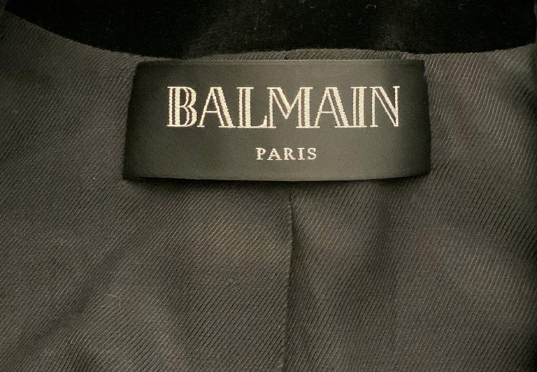 Balmain Black and Gold Tone Double-Breasted Blazer For Sale 7