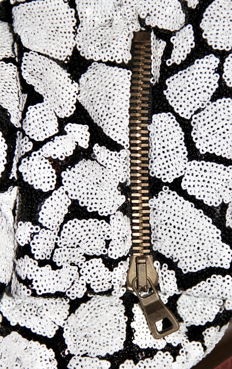 Balmain Black and White Sequin Dress In Excellent Condition For Sale In Geneva, CH