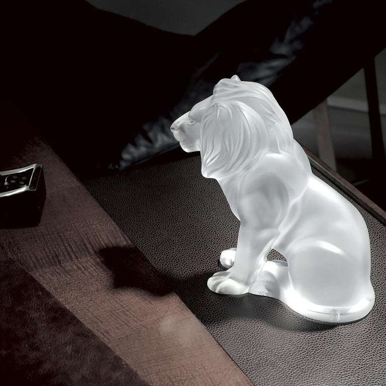 French Bamara Lion Sculpture in Crystal Glass by Lalique For Sale
