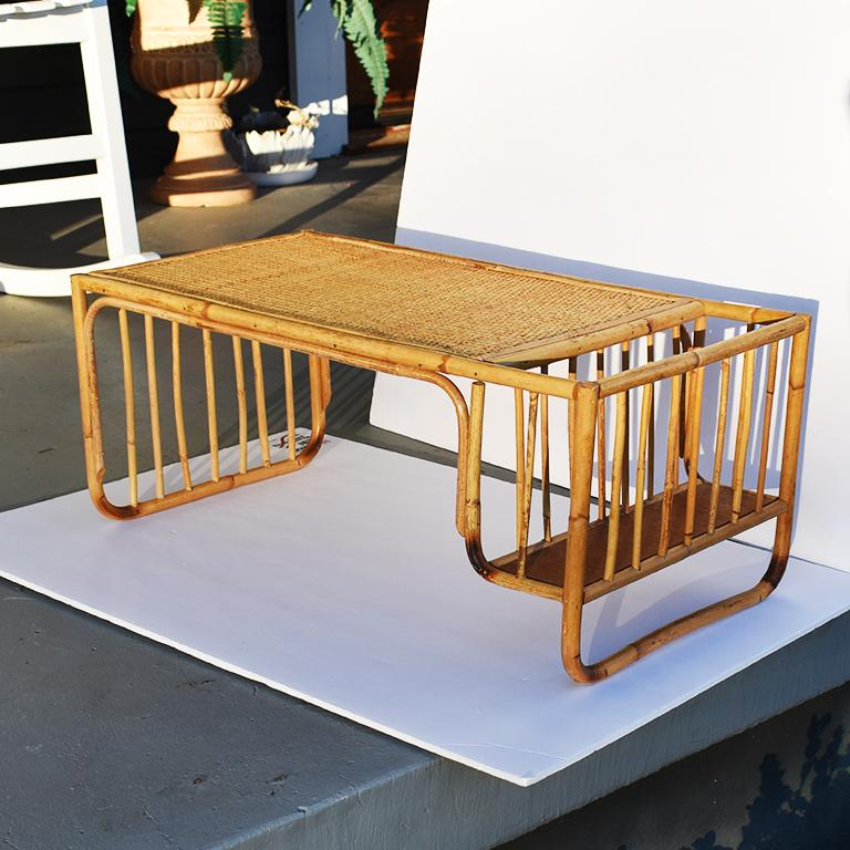 Bamboo and Cane Bentwood Breakfast in Bed Tray with Newspaper Rack, 1930s For Sale 3