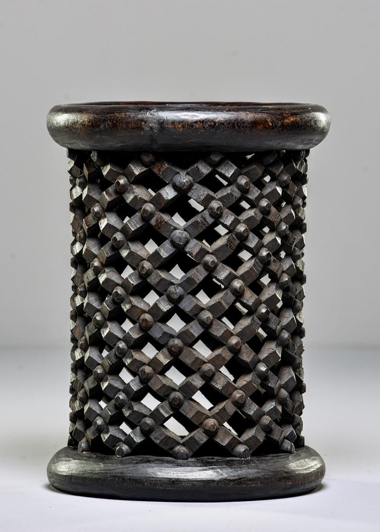 Hand-Carved Bamileke Cameroon Pedestal Style Carved Stool or Side Table For Sale