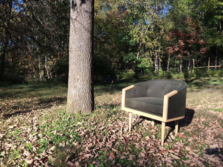 Loveseat with Walnut Banded Barrel Back, Hand-Turned Legs and Tufting For Sale 2
