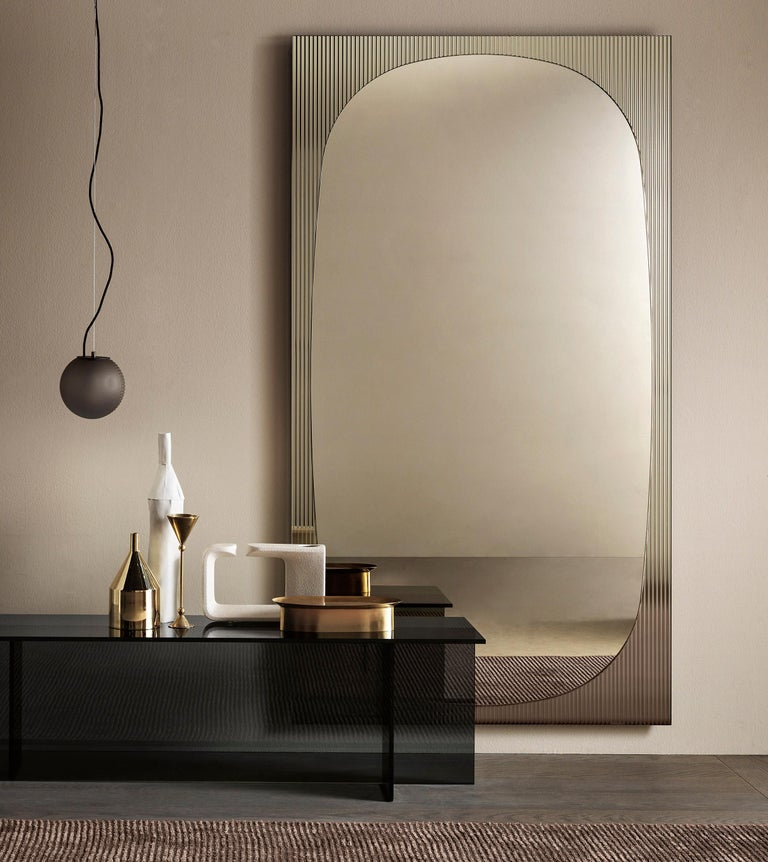 In Stock in Los Angeles, Bands Floor Mirror by Angeletti Ruzza, Made in Italy In New Condition For Sale In Beverly Hills, CA