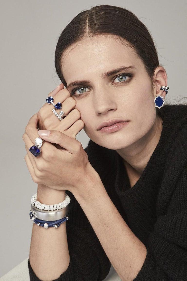 Brilliant Cut Bang Titanium Light Blue Bracelet or Diamonds White Gold For Sale
