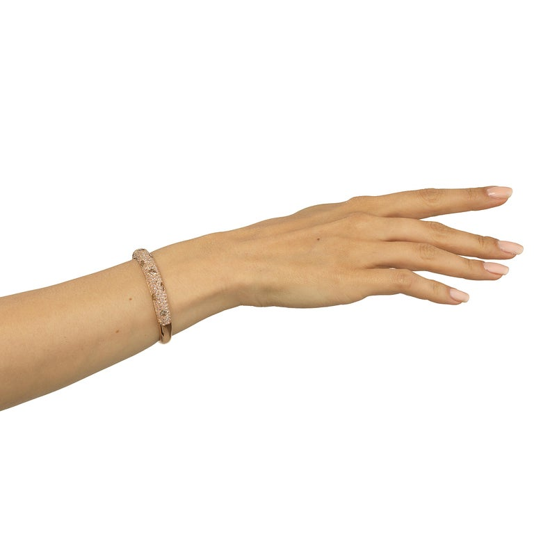 Round Cut Bangle in 18K Rose Gold with Diamond