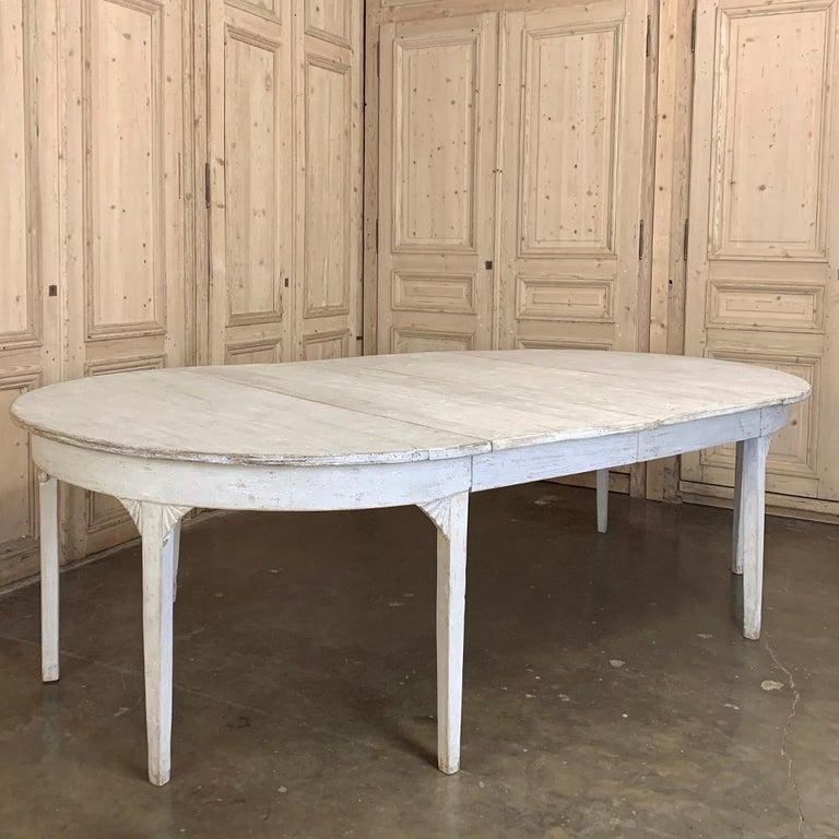 Banquet Table, Painted, Early 19th Century Swedish Gustavian Period For Sale 2