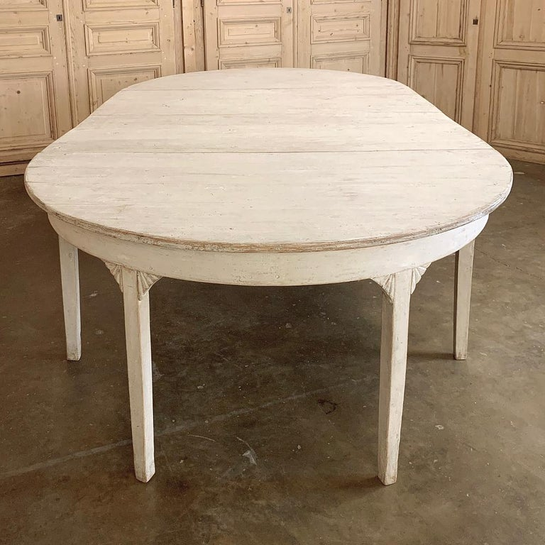 Banquet Table, Painted, Early 19th Century Swedish Gustavian Period For Sale 4