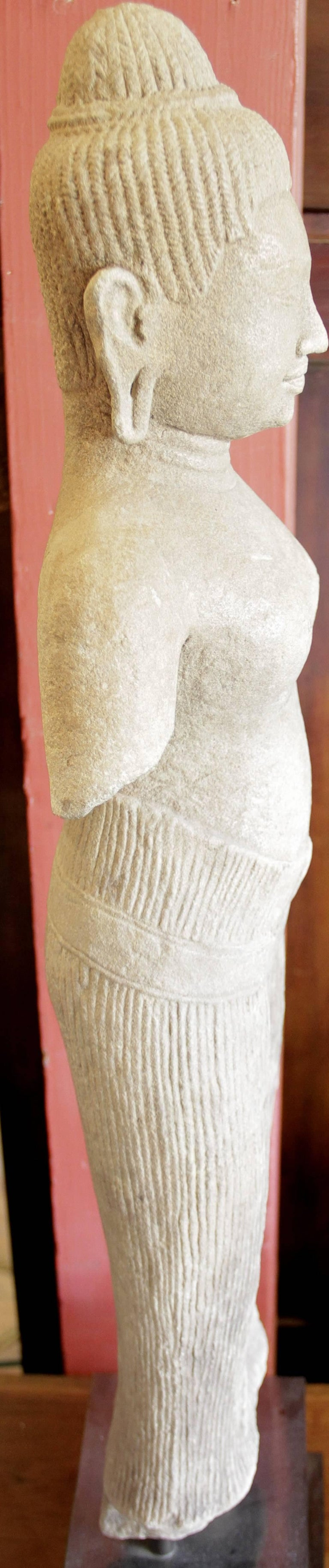 naked female cambodian mods