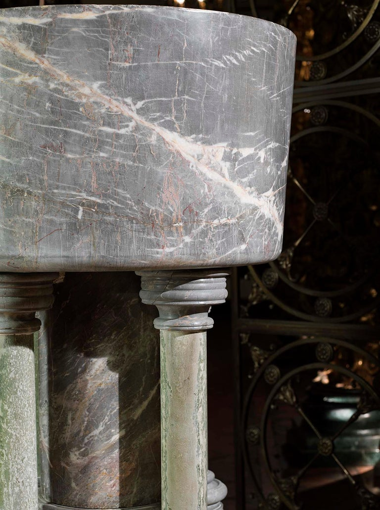 Baptismal Font in Ashburton Marble In Good Condition For Sale In London, GB