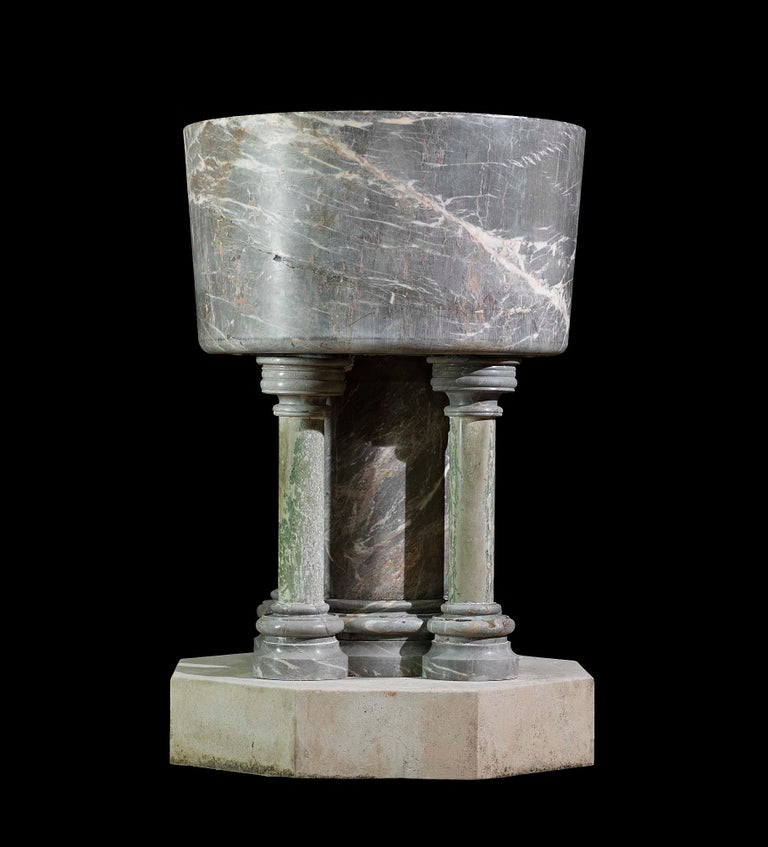 Baptismal Font in Ashburton Marble For Sale 2