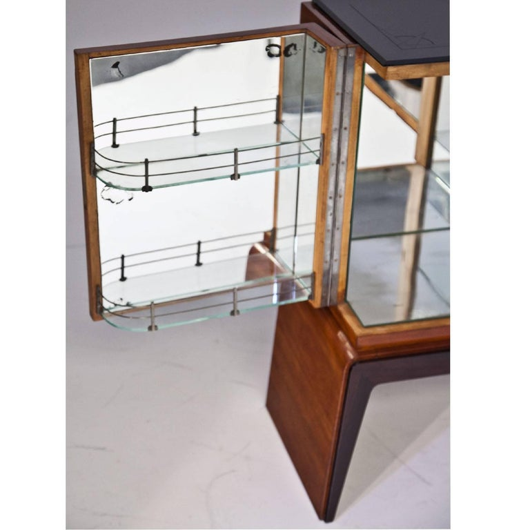 Glass Bar Cabinet in the Style of Osvaldo Borsani, Italy, 1940s For Sale