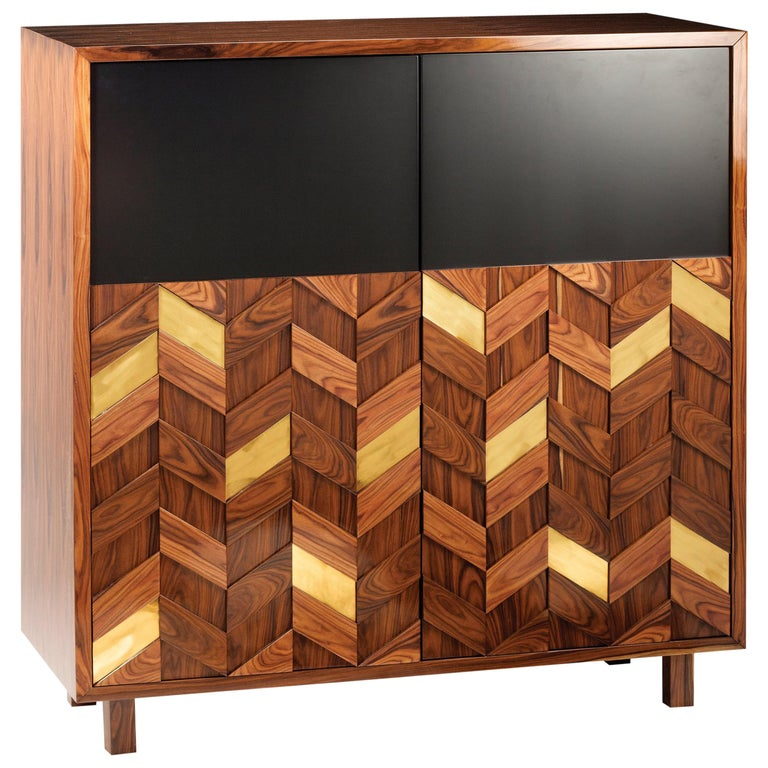 Bar Cabinet Samoa in Wood, Brass and Lacquer For Sale