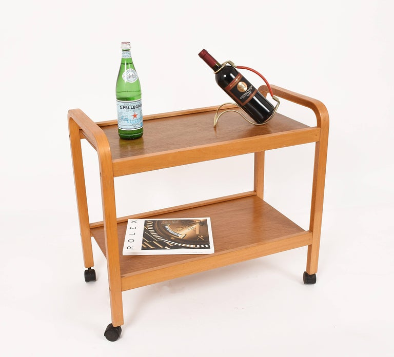 Curved wood, mid-20th century Italian trolley bar cart Italy, 1970s.
