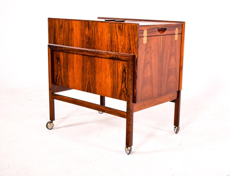 Mid-Century Modern Bar Cart Trolley by Andreas Hansen in Rosewood, 1960s For Sale