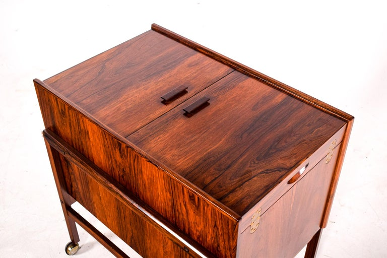 Danish Bar Cart Trolley by Andreas Hansen in Rosewood, 1960s For Sale
