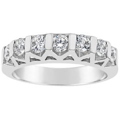 Bar Set Seven-Stone Round Diamond Wedding Band
