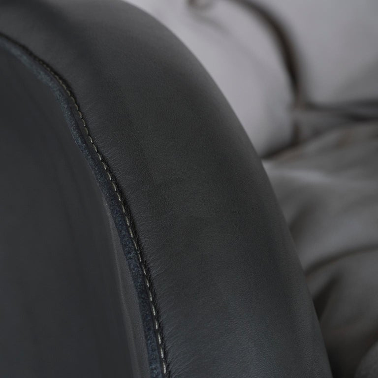 Barão Armchair Dark Green Leather Grey Nubuck Leather Beech Dark Brown Stain In New Condition For Sale In Cartaxo, PT