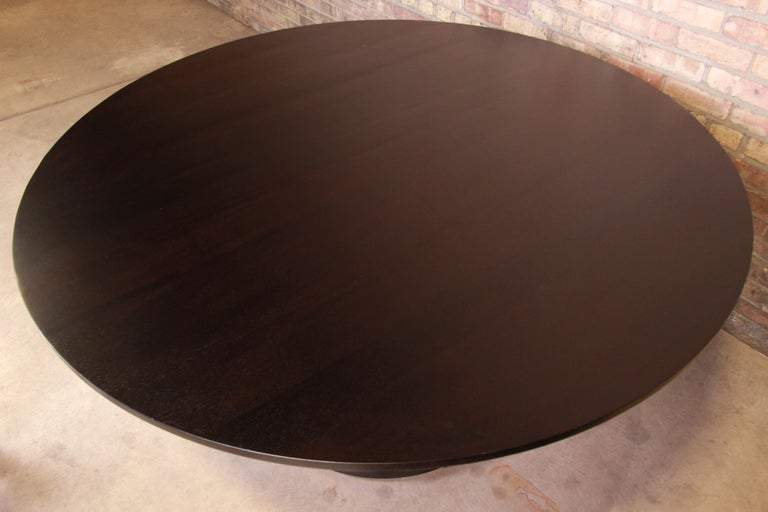 Barbara Barry for Baker Dark Mahogany Round Pedestal Dining Table, Restored For Sale 2