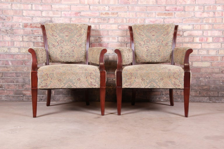 American Barbara Barry for Baker Furniture Modern Upholstered Lounge Chairs, Pair For Sale