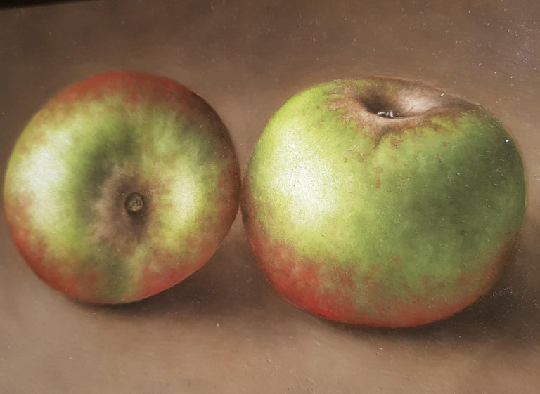 Realist Contemporary Still-Life Painting 'Trio of Apples' by Barbara Vanhove For Sale 2