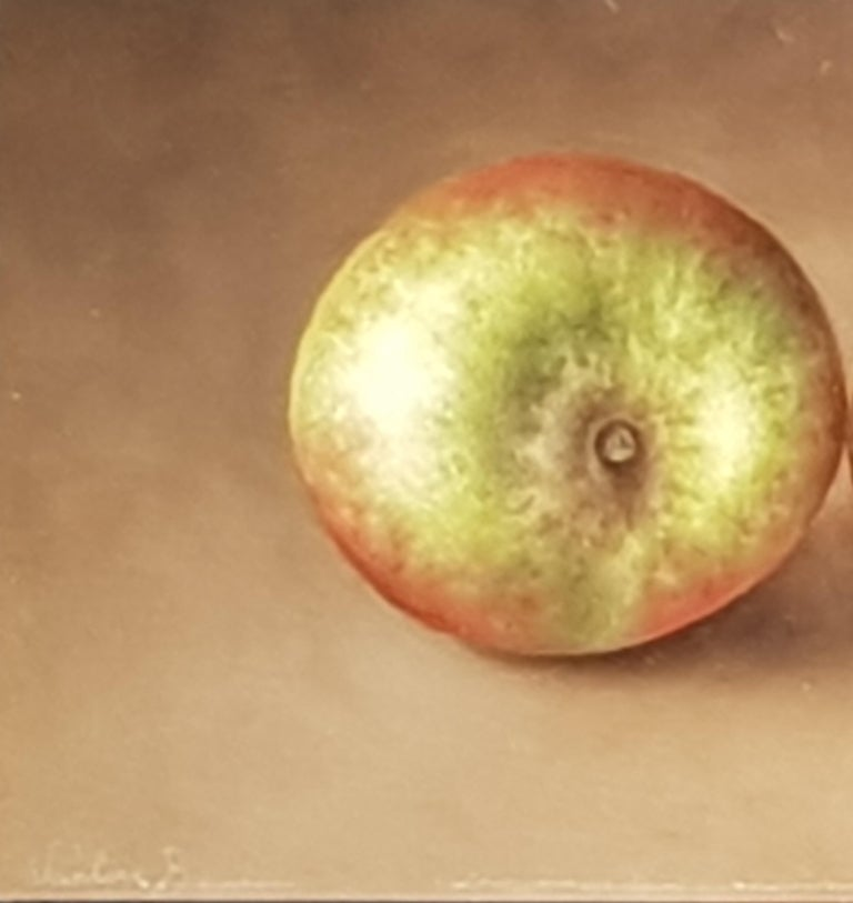 Realist Contemporary Still-Life Painting 'Trio of Apples' by Barbara Vanhove For Sale 3