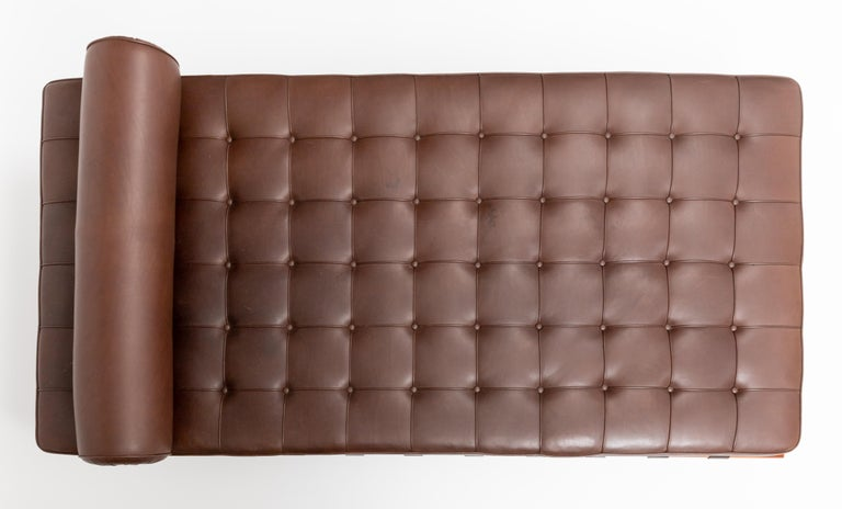 Lacquered Barcelona Chaise in Brown Leather by Ludwig Mies van der Rohe For Sale