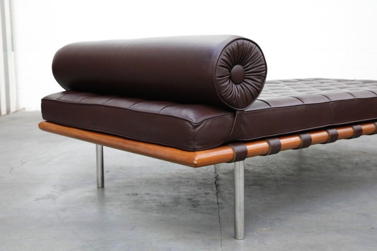 Barcelona Daybed by Mies Van Der Rohe for Knoll in Dark Brown Leather, Signed For Sale 6