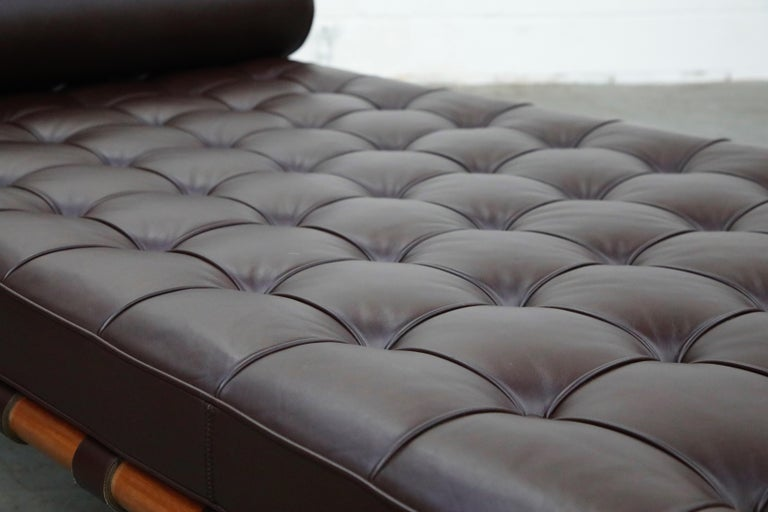 Barcelona Daybed by Mies Van Der Rohe for Knoll in Dark Brown Leather, Signed For Sale 9