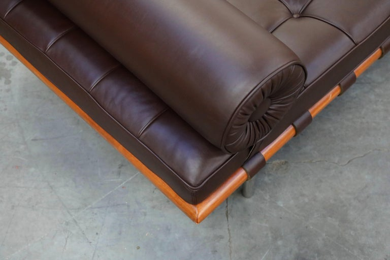 Barcelona Daybed by Mies Van Der Rohe for Knoll in Dark Brown Leather, Signed For Sale 11