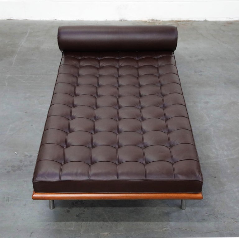 Barcelona Daybed by Mies Van Der Rohe for Knoll in Dark Brown Leather, Signed For Sale 2