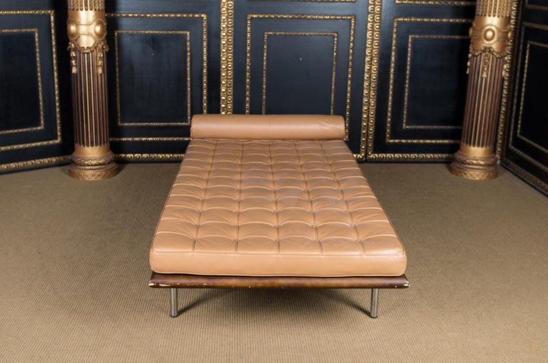 Barcelona Daybed The Bauhaus Legend Reproduction For