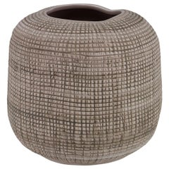 Barcelos Small Vase in Natural Ceramic by CuratedKravet