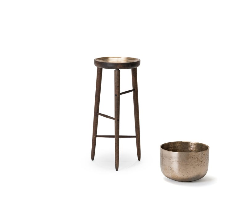 The Baré set is a family of objects designed around the act of indoor horticulture. Named after Jeanne Baré the first woman to circumnavigate the globe each object in the series provides an elegant, elevated home for houseplants and personal