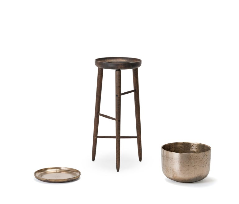 Canadian Baré Tall Plant Stand, Walnut Wood Base with Cast Bronze Tray and Planter For Sale