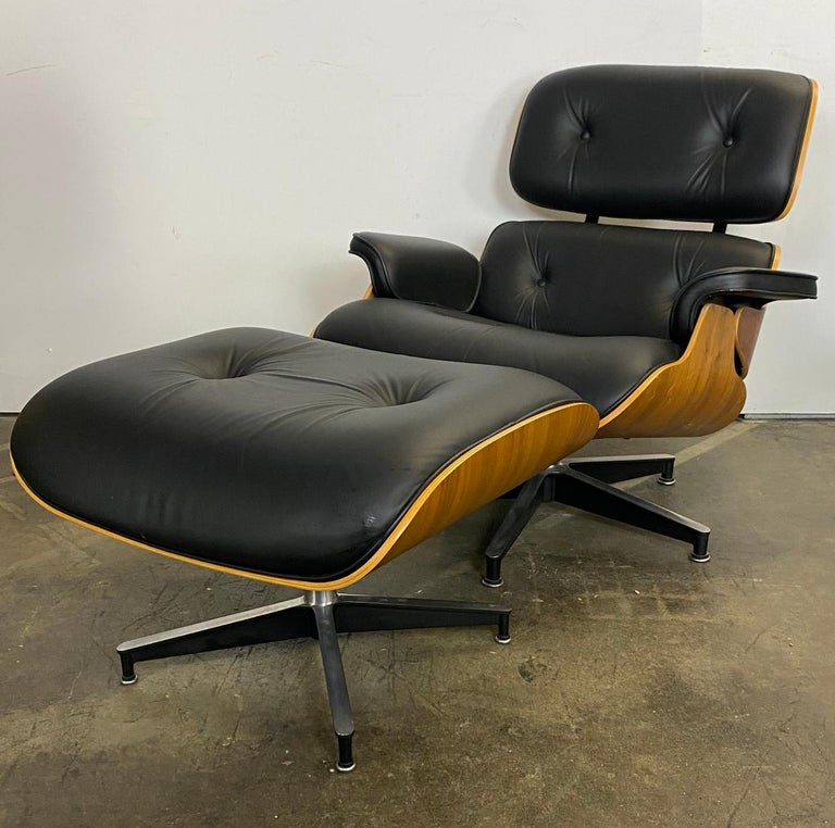 Leather Stunning Eames Lounge Chair and Ottoman