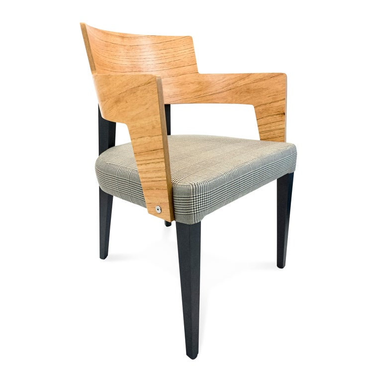 Curve-shaped chair featuring chinaberry finish on the back and graphite finish on the legs. This uniquely designed chair will set the mood with any of the beautiful Uultis dining tables it is partnered with. Simply stunning.....IN STOCK!!!