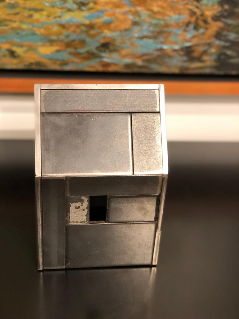 Barn House Structure, Welded Steel Decorative Object Made with Salvaged Steel In New Condition For Sale In Chicago, IL