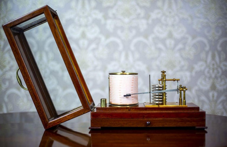 Barograph from the Turn of the 19th and 20th Centuries For Sale 1