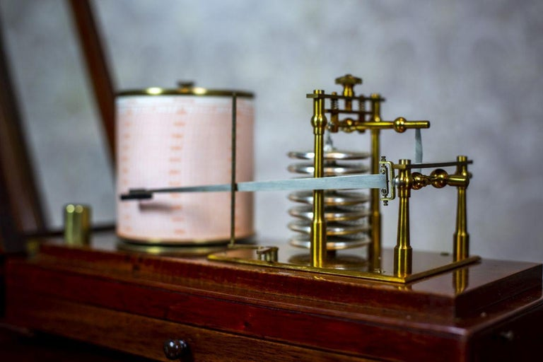 Barograph from the Turn of the 19th and 20th Centuries For Sale 3