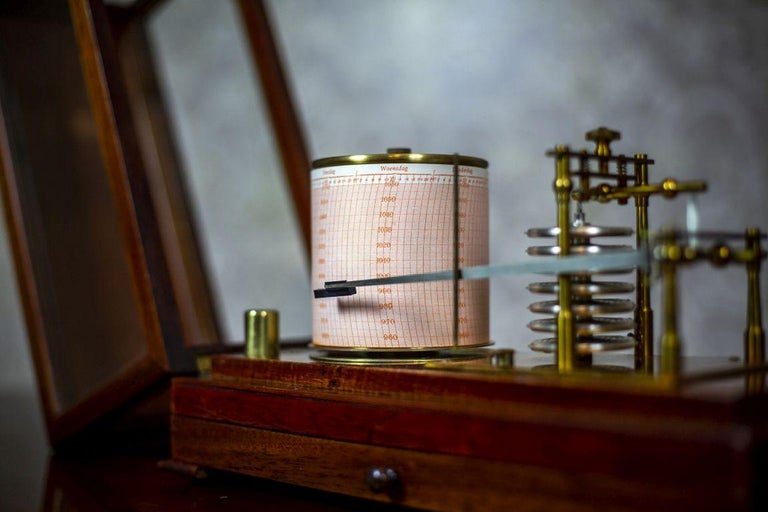 Barograph from the Turn of the 19th and 20th Centuries For Sale 4