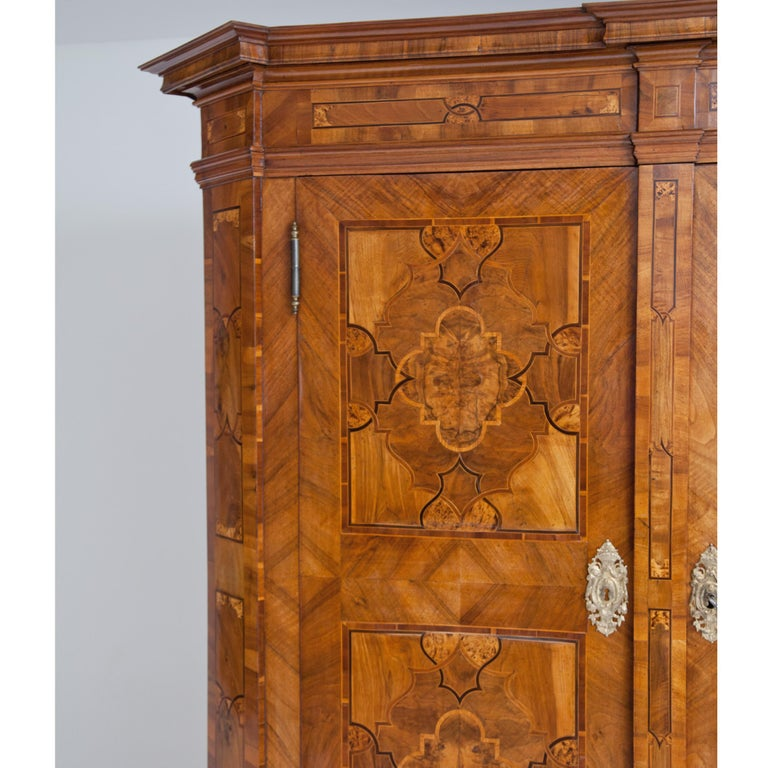 Walnut Baroque Cabinet, 18th Century For Sale
