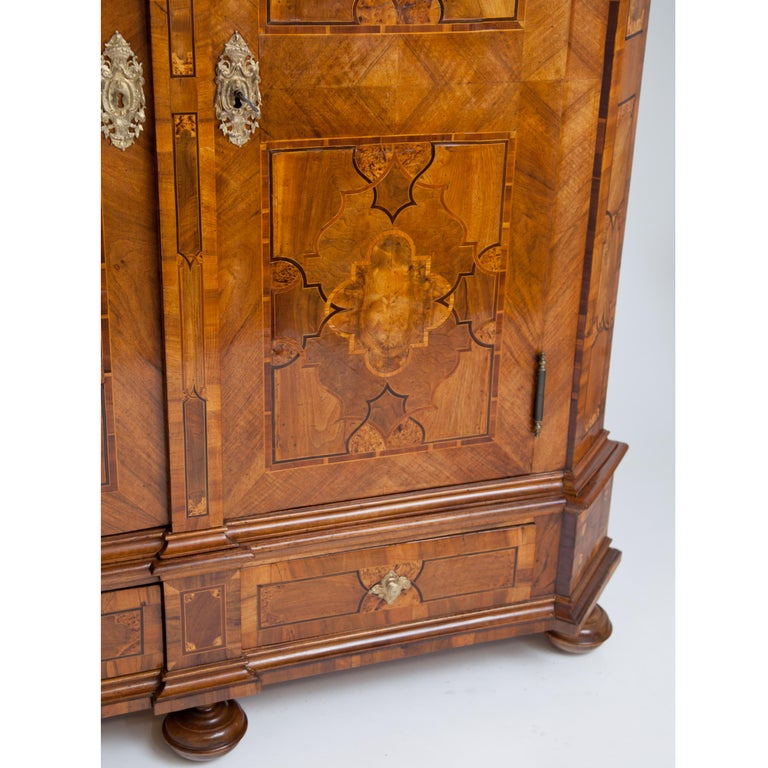 Baroque Cabinet, 18th Century For Sale 1