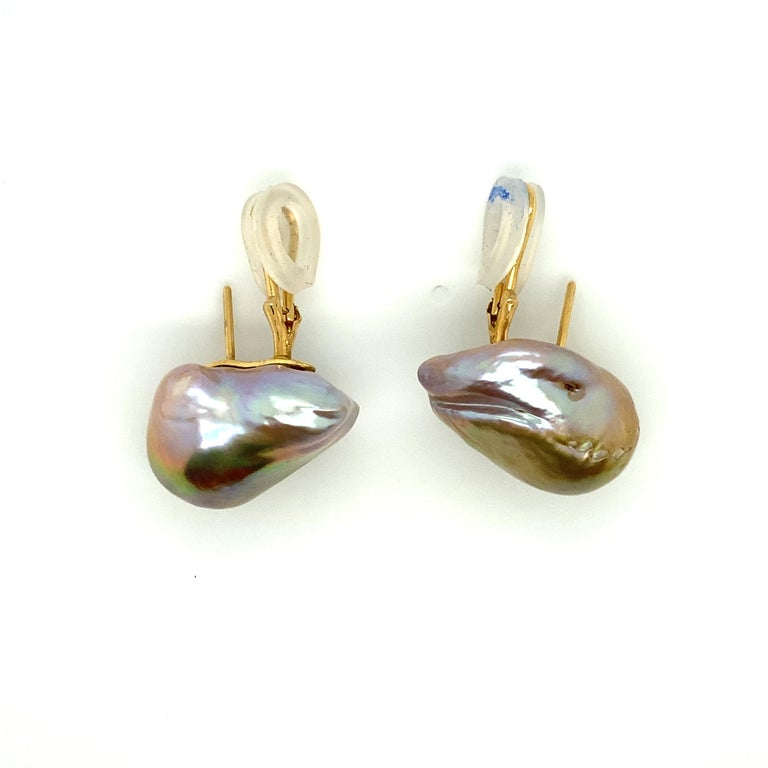 Women's Baroque Pearl and 18 Karat Gold Earring For Sale