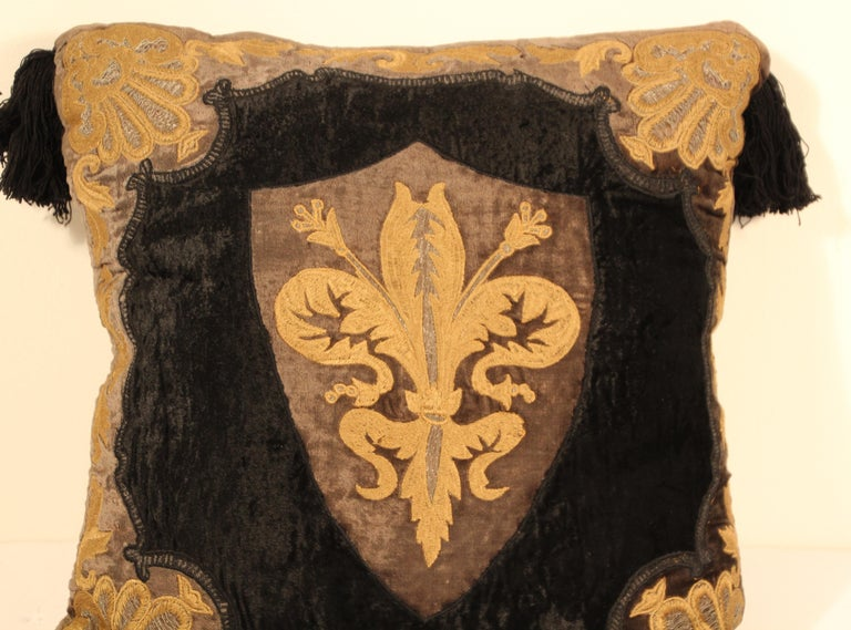 20th Century Baroque Silk Velvet Applique Throw Decorative Pillow with Tassels For Sale