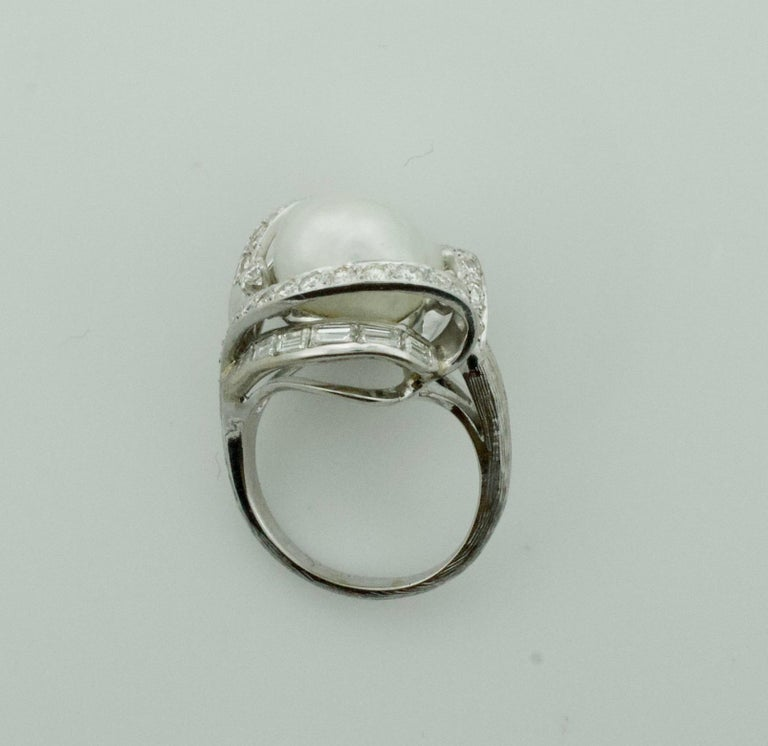 Baroque South Sea Pearl and Diamond Ring in White Gold, circa 1960s For Sale 1